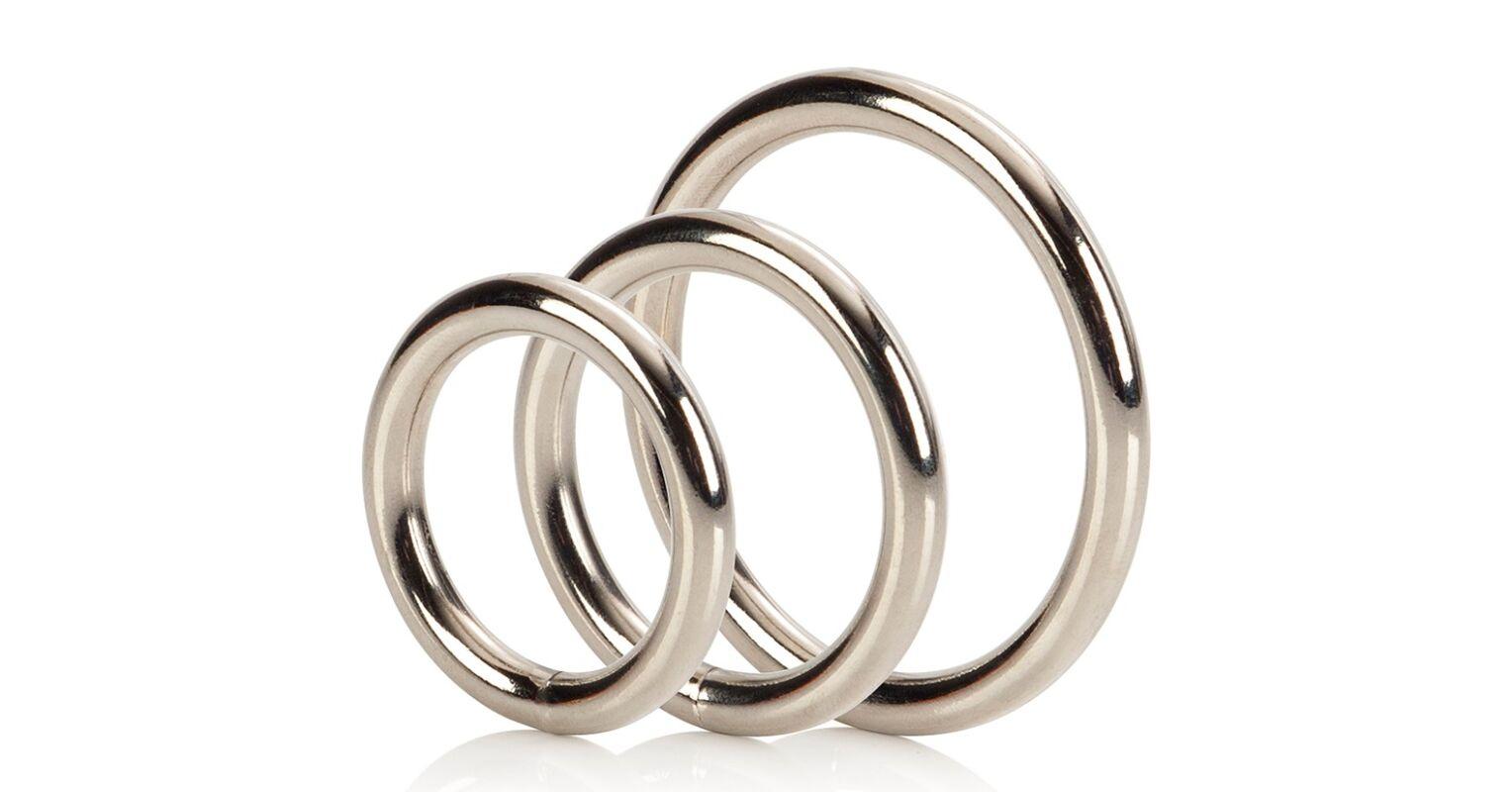 pénisz gyűrű, így sokáig nem cum)